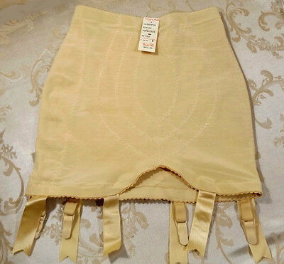 VINTAGE VANITY FAIR NUDE BEIGE OPEN GIRDLE NWT 6 GARTER Size Small