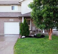 Beautiful Tecumseh 3 beds 2.5 baths townhouse for rent