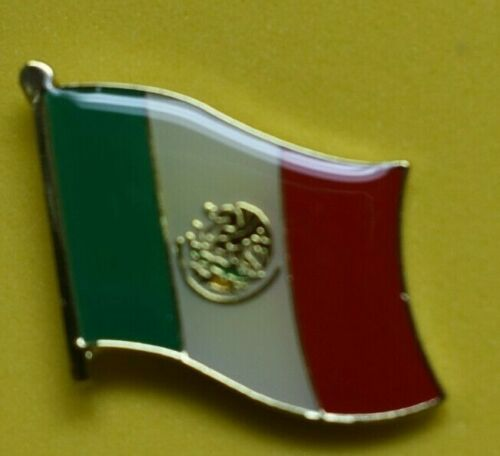 Mexican flag lapel Pin ( red,white and green) Very nice metal pin  New!!