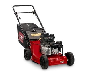 TORO COMMERCIAL MOWER with KAWASAKI ENGINE