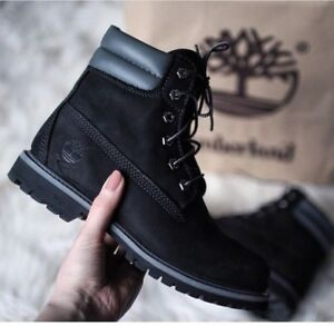 New Timberland boots for women Size 7
