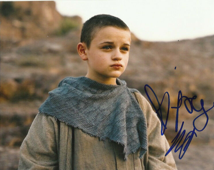 Joey King Dark Knight Rises Autographed Signed 8x10 Photo COA