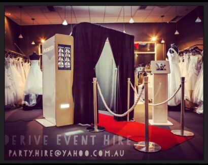 Red Carpet 5 Star Photo Booth Hire