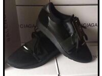 Balenciaga Runners all black BNIB