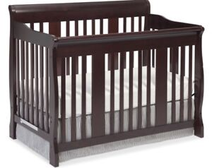 4-in-1 Convertible Slay Crib (Expresso)