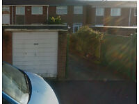 Secure Garage to Let !!!!