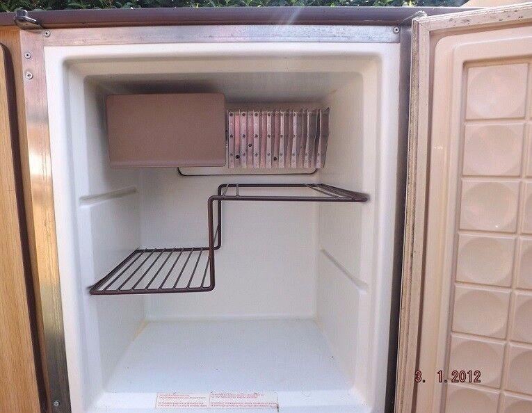 Electrolux Built In Caravan Folding Camper Fridge Gas Electric VW Van