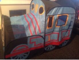Thomas the tank indoor pop up play tent.