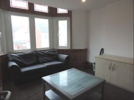 Spacious, Modern One Bed Flat in Roath, Available 01/08/2018 for £625pcm