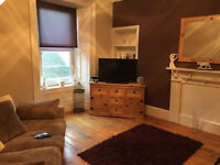 FOR RENT - UNFURNISHED SPACIOUS 2 Bedroom Flat - 2nd Floor, Gray Street, BROUGHTY FERRY, DUNDEE