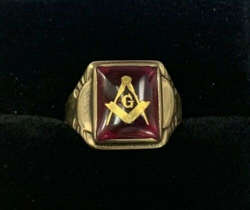 Vintage Masonic 14k Yellow Gold & Ruby Compass & Measure Inlay Ring ~ EM8