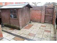 3 bed room house with car park to let
