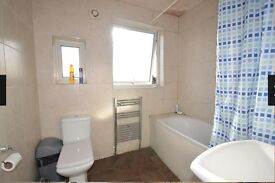 Double room to rent in a shared semi detached house, convenient location.