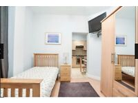 STUDIO APARTMENT AVAILABLE FROM NOW TILL MIDDLE SEPTEMBER - MAX 2 MONTHS-ALL INCLUSIVE-CLOSE TO TUBE