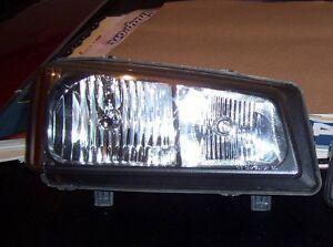 2006 Chevrolet Silverado right head light