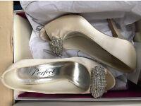 Ivory satin wedding shoes - size 5