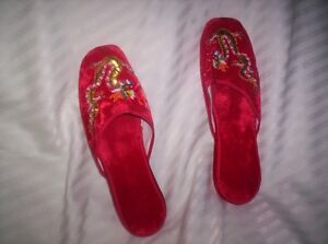 classic Chinese  indoor slippers