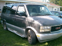 1999 GMC Safari Minivan, Van $900