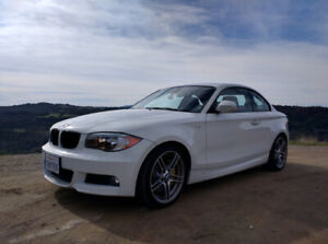 Wanted/Cherche BMW 128i 1 series Manual