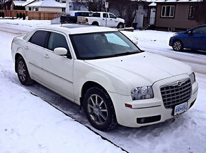 2008 Chrysler 300-Series Vanilla AWD