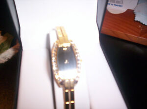 fifth avenue collection (hand made) gold diamond watch new