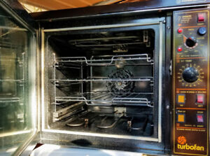 Turbofan 208/240 V Single Phase Oven