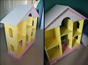 Doll House - Lrg painted wood - Barbie size $35