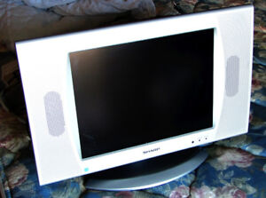 SHARP 15'' LCD TV with remote