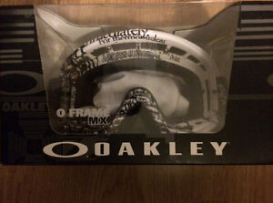 Oakley O Frame Goggles *BRAND NEW*
