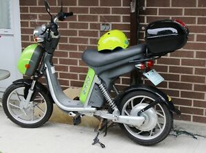 EMMO Scooter--Price Reduced--MUST SELL--moving!
