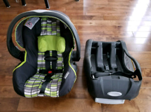 Evenflo Infant Carseat with Base