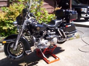CLASSIC COLLECTOR HARLEY DAVIDSON