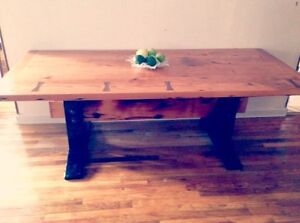 Table avec bois de grange/ table with barn wood