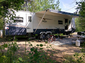 Travel Trailer 33FLDS 3-beds