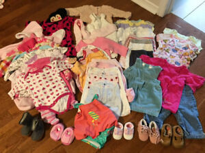 Mix lot baby girl clothes 0-3 months