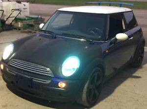 "Mini Cooper R50 ""Parting Out"""