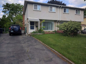 3 Bedrooms Whole House for Rent - Don Mills/Steels - July 1st.