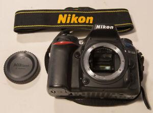 Nikon D7100 + Nikkor 18-105 + Battery Grip + all accessories