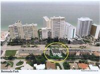 A 2 pas de la mer, sur la A-1-A (Ocean Blvd) a Fort Lauderdale