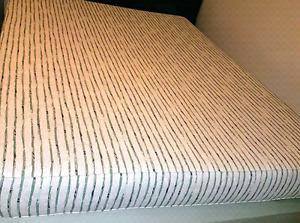 Queen size mattress/boxspring/metal frame, excellent condition