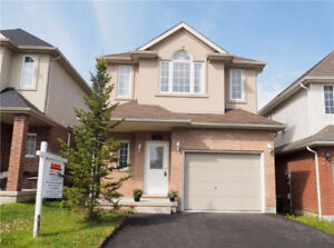 Gorgeous 4 bdr home in Laurelwood backing onto beautiful pond