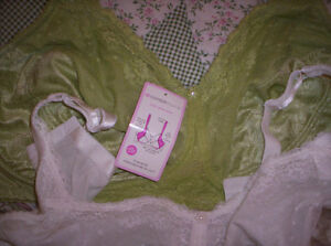 48 DD BRAS WITH UNDERWIRE AND NICE WIDE STRAPS