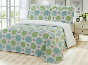 6 pc Reversible Quilt set queen size available