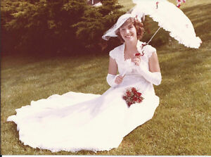 Wedding dress with Hat and Parasol