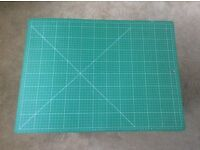 Fiskars Cutting Mat, A2' Double sided imperial and metric - Hardly Used!