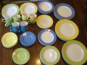 ROYAL HERITAGE STONEWARE COLLECTION DISHES **57 pieces**