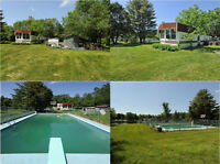 4-Season CHALET, on LAKE, beautiful huge yard, pool, PEACEFUL!