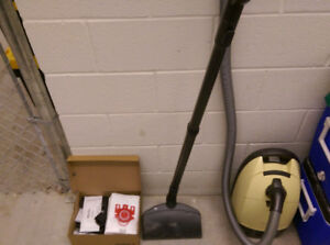 Miele vacuum cleaner yellow jacket