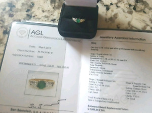 14k diamond and emerald ring with appraisal ♡