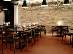 Restaurent chairs and stools/ chaises pour resto
